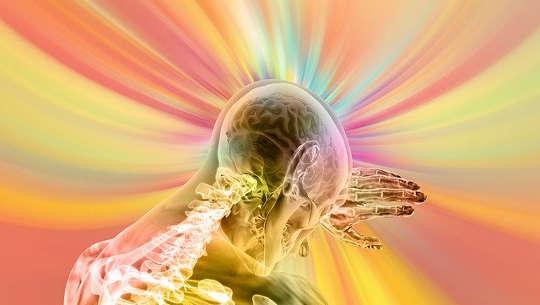 visão transparente da parte superior do corpo com raios de luz