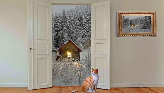 μια ανοιχτή πόρτα, που δείχνει ένα φως στο παράθυρο της καμπίνας έξω