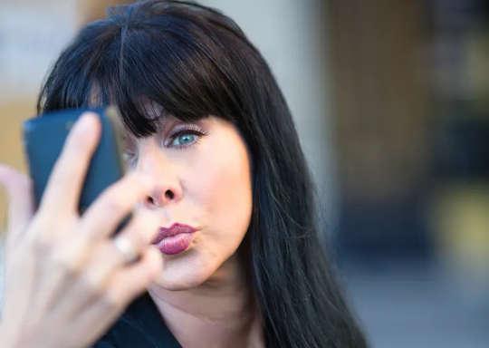 Narsissistiske mennesker er ikke bare fulle av seg selv, og de er mer sannsynlig å være aggressive og voldelige