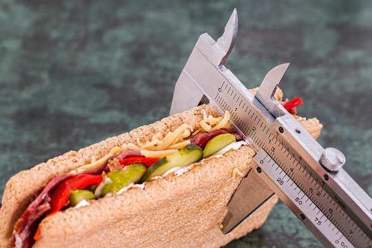 饮食是四个字母的单词:积极改变积极生活