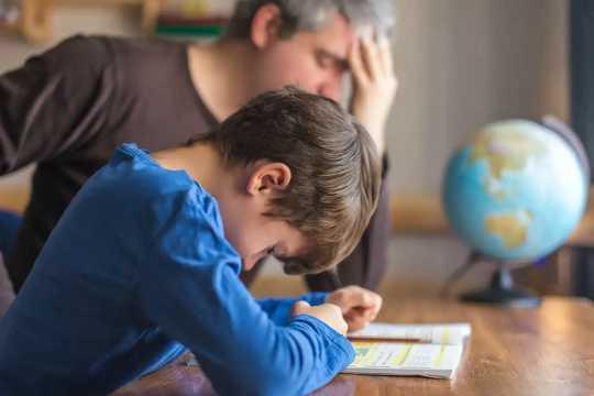 Hur du hjälper dina barn med matematik du inte förstår