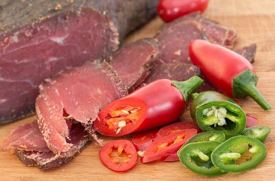 Bagaimana Kulat Dalam Makanan Menghidap Penyembuhan Penyakit Usus