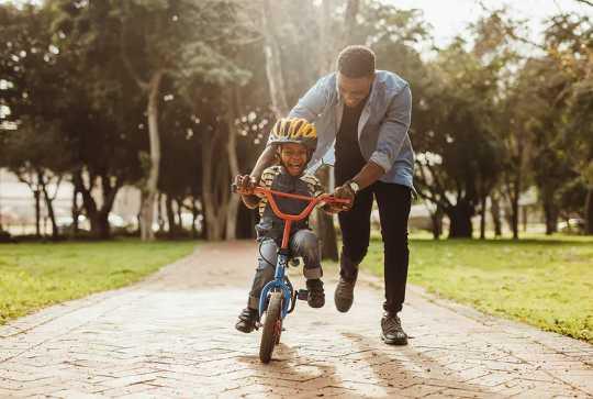 Cara Berikat Dengan Anak Anda Menurut Neurosains
