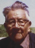 foto dari: Noble Red Man (Mathew King), juru bicara lama untuk kepala adat suku Lakota (Sioux)