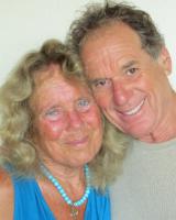 bilde av: Joyce & Barry Vissell, sykepleier / terapeut og psykiaterpar siden 1964, er rådgivere, nær Santa Cruz CA