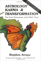 Astrologia, karma ja muutos, kirjoittanut Stephen Arroyo.
