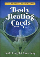 فن غلاف مجموعة بطاقات شفاء الجسم من تأليف إيوالد كليجل (المؤلف) وآن هينج (رسام)