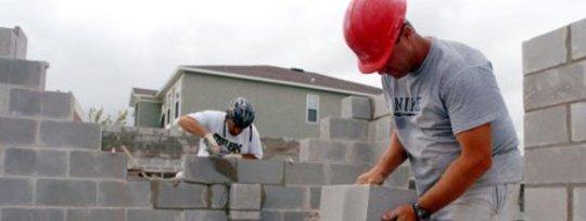 Comment la réforme de l'immigration aider à fixer la reprise de logement