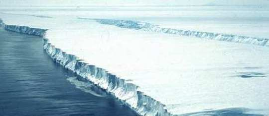 Antartica Pine Island Crack