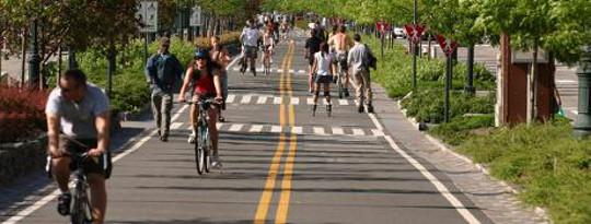 जमीनी स्तर पर साइकिल वकालत: अपने समुदाय एक बेहतर बाइक के लिए जगह बनाना