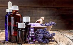 Hvordan lage din egen tannkrem, leppebalm og deodorant uten kjemikalier