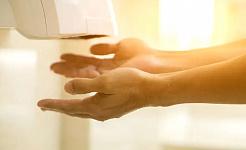 Miért használják a kézszárítókat még akkor is, ha csírákat keringenek?