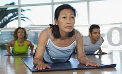 Hoe net 'n bietjie oefening kan gewig beheer na menopouse?