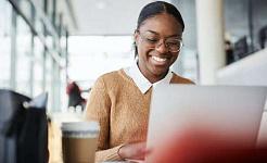 6 طرق يمكن لخريجي الجامعات الجدد تعزيز البحث عن الوظائف عبر الإنترنت