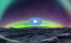 Panorama der Nordlichter in Norwegen