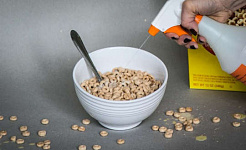 گزارش جدید می یابد سطوح شگفت انگیز علف کش ها در بسیاری از غذاهای آلی