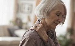 Er eldre voksne mer utsatt for kronisk smerte?