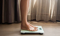 Unwanted Weight Gain or Weight Loss? Blame Your Stress Hormones