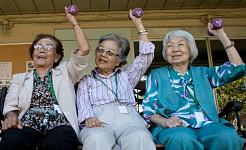 Orang Di sembilan puluhan mereka Mendedahkan Rahsia Untuk Penuaan Well