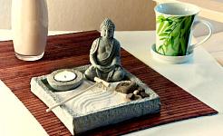 Κάνοντας το σπίτι σας ένα Ιερό Αγάπης και Χαράς χρησιμοποιώντας Εκκαθάριση Χώρου