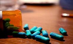 چرا مردم مواد مخدر دارویی گران قیمت را انتخاب می کنند؟
