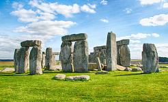 有 5,000 年历史的巨石阵石圈的一部分是进口的