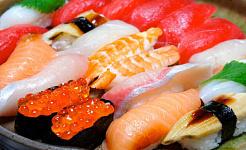 Người dân Nhật Bản có nhiều khả năng để thèm sushi vì đó là những gì họ ăn thường xuyên. Kana Hata / Flickr, CC BY