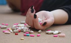 لماذا ينبغي لنا أن إعادة التفكير المزمنة علاج الألم