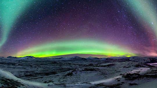 panorama van die Noorderligte in Noorweë