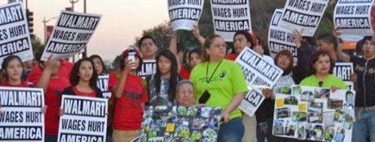 """Les travailleurs planifient des frappes à l'échelle nationale contre Walmart """"intimidateur"""""""